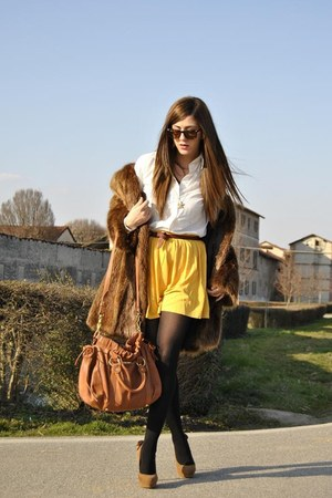 yellow Zara skirt - burnt orange no real fur coat - ivory toyg shirt