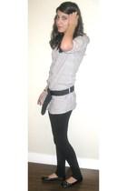 leggings - blouse - belt - shoes