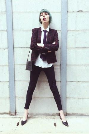 white polkadot shirt - black kitten heels shoes - black skinny Topshop jeans