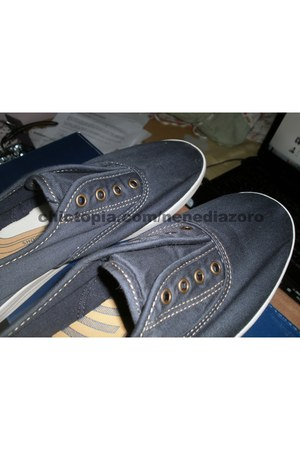navy Keds shoes