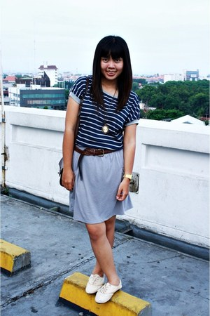 navy Local store top - periwinkle Zara skirt