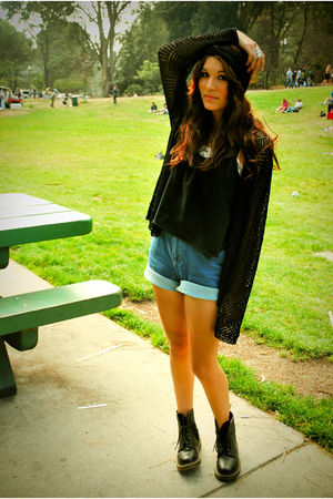 black knitted sweater sweater - black doc martens shoes - blue vintage shorts -