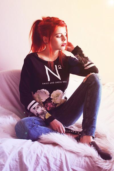 black choiescom blouse - navy pull&bear jeans