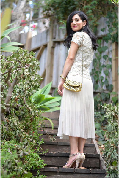 cream thrifted vintage skirt - gold Betsey Johnson bag