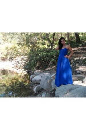 blue topwedding dress