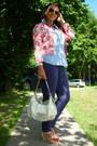Gina-benotti-shirt-guess-bag-ray-ban-sunglasses-bijou-brigitte-necklace