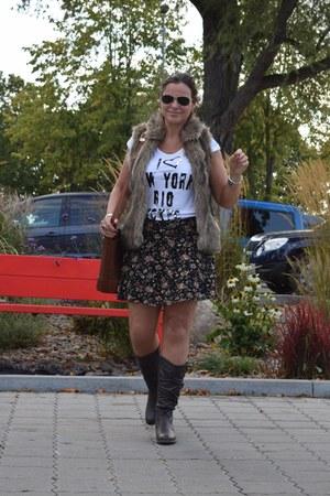 clockhouse shirt - Giudi bag - Ray Ban sunglasses - clockhouse skirt