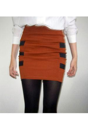 brown Monki skirt - white vintage blouse - black vintage shoes