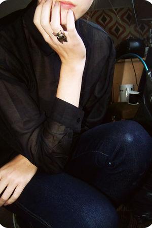 black H&M blouse - blue H&M pants - gray Vans shoes - gold ring Ebay accessories