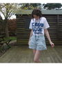 Blue-liberty-shorts-white-t-shirt
