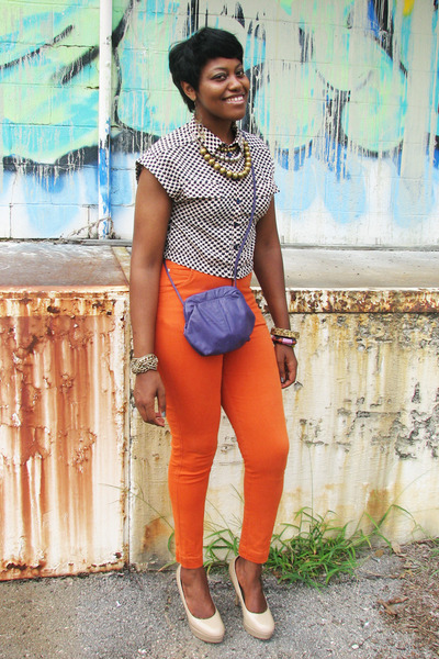 carrot orange high-waisted thrifted vintage jeans - hearts Forever 21 shirt
