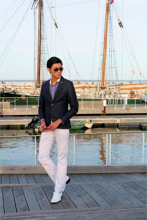navy Zara blazer - white Ralph Lauren pants - mustard Gucci glasses