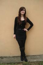 black Colors of the World shirt - black New Yorker belt - black skirt - black Do
