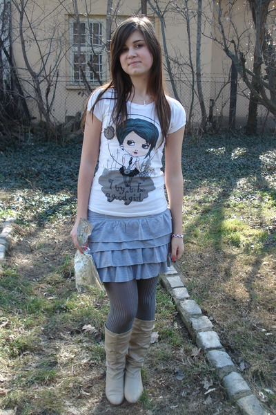 gray New Yorker skirt - gray unknown tights - beige Dosenbach boots - white unkn
