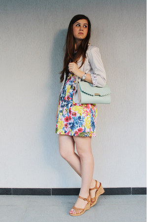 floral dress - off white young blazer - light blue Accessorize bag