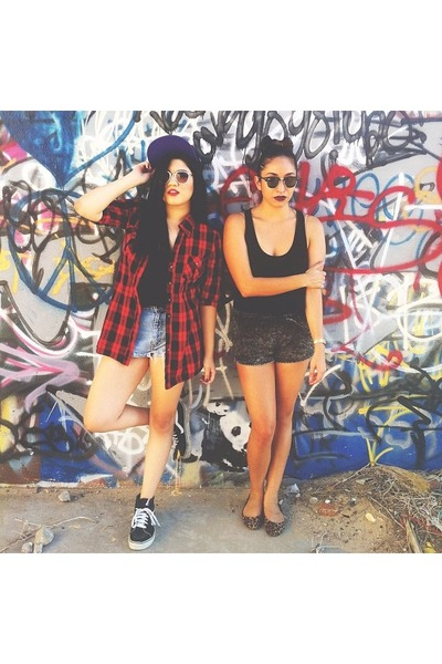 red flannel Forever 21 t-shirt - black Style Mint shirt