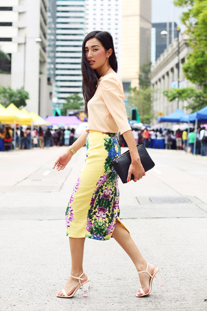 light yellow asos skirt - black Celine bag - peach Zara heels - peach Zara top
