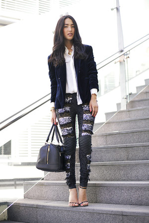 black Marcs bag - navy Style Stalker blazer - white Zara shirt - black Aje pants