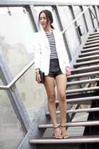 white Zara jacket - black gary pepper vintage bag - black friend of mine shorts