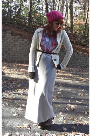 cream Expressress cardigan - bubble gum Wrangler blouse - heather gray thrift sk
