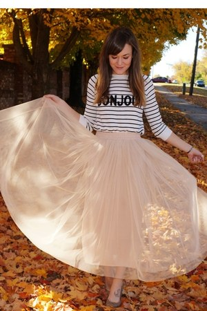 off white savoir faire skirt - white asos sweater - nude H&M flats