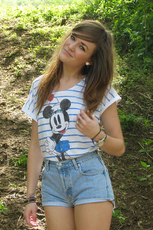 white minnie mouse Forever21 shirt - blue thrifted and cut shorts