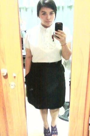 light blue dress - black dress - light purple heels