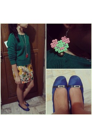 gifted necklace - Forever 21 sweater - Gruppo Francesco flats