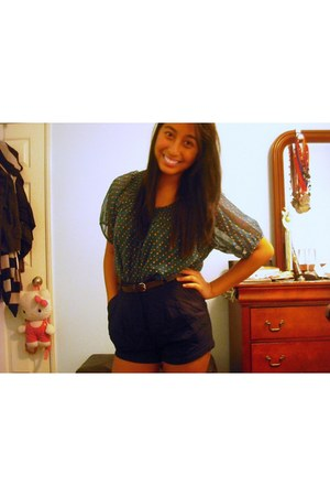 turquoise blue unknown brand blouse - navy highwaisted Forever 21 shorts