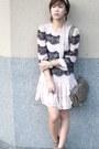 Light-pink-topshop-dress-heather-gray-zara-bag-heather-gray-h-m-heels-gold