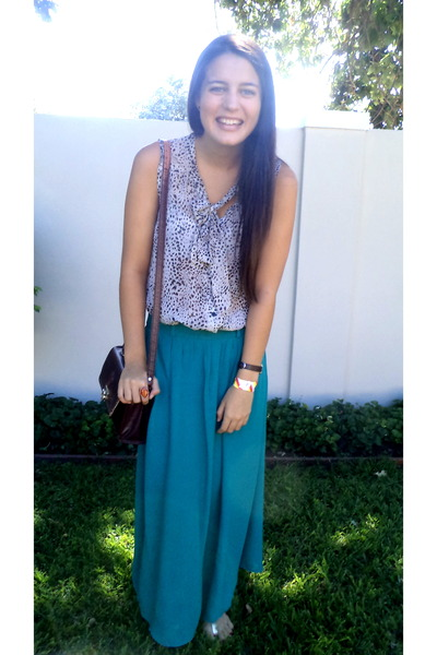 leopard print blouse - gold sandals - teal skirt
