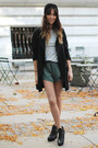 Layered-shorts-pinkyotto-shorts-wool-turban-urban-outfitters-hat