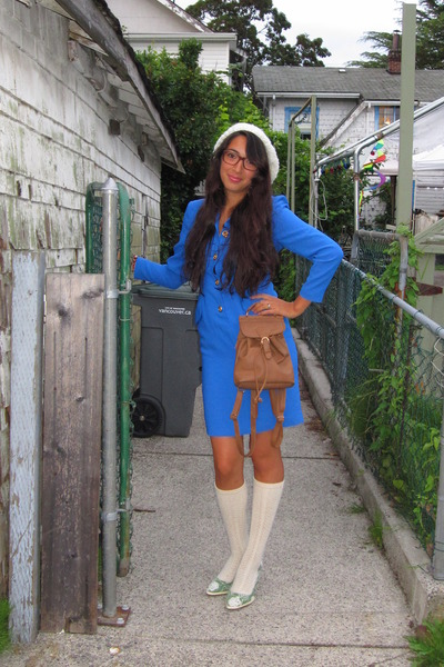 white mygrandmamadeit hat - brown vintage glasses - blue vintage dress - brown v