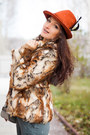 Brown-faux-fur-pepe-jeans-coat-burnt-orange-wool-fedora-catarzi-hat