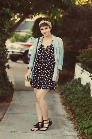 J Crew shirt - vintage scarf - thrifted purse - Target sandals