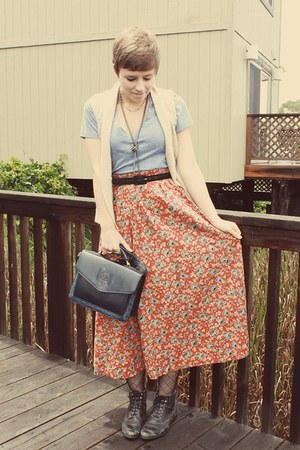 Old Navy shirt - Goodwill purse - Goodwill skirt