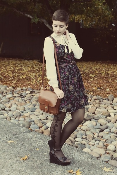 Forever 21 dress - vintage purse - thrifted wedges - vintage blouse