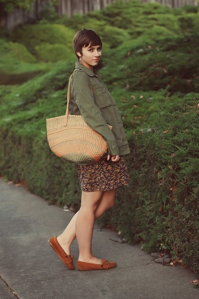 vintage bag - thrifted shoes - thrifted dress - Gap jacket