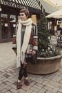 H-m-scarf