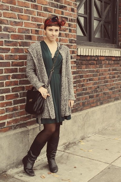 thrifted dress - vintage boots - Ross purse