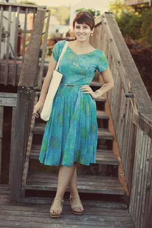 vintage dress - DSW wedges