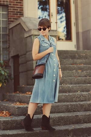 vintage dress - DSW boots - vintage purse