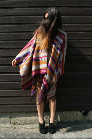 poncho H&M cape - suede Aldo wedges