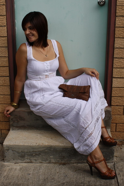 white Valleygirl dress - brown Corelli bag - brown Forever New shoes