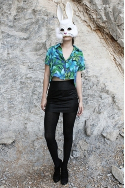 American Apparel skirt - fete des morts vintage blouse
