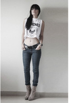 leopard Wet Seal boots - blue jeans - black studded belt - white ramones t-shirt