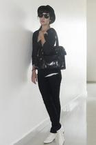 vintage hat - armani sweater - H&M t-shirt - vintage shoes - liz claiborne purse