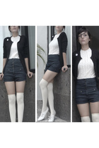 Uth blouse - August Silk blazer - shorts - American Apparel socks