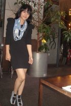 blue cottonink scarf - black dress - blue belle shoes