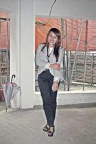 gray Zara blazer - white Hot Topic shirt - black Zara pants - black shoes
